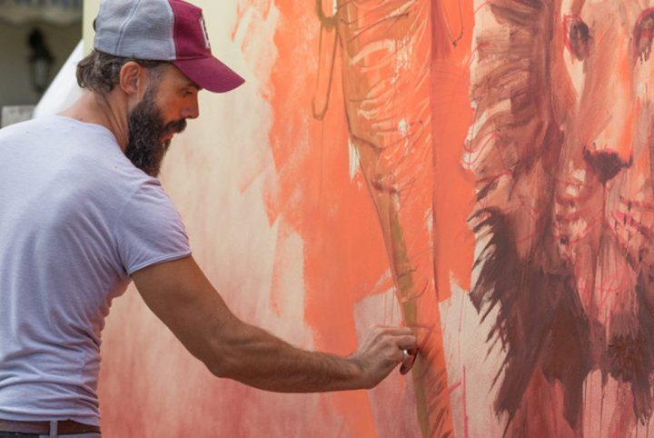 http://www.desrecherches.com/medias/images/harry-james-en-train-de-peindre-une-des-uvres-d-urban-zoo.-harry-james.jpg